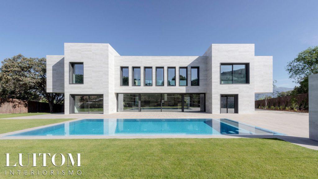 proyecto-arquitectura-construccion-casas-modernas-villas-lujo-madrid-malaga-valencia-arquitectos-luxury-house-spain-architects-018