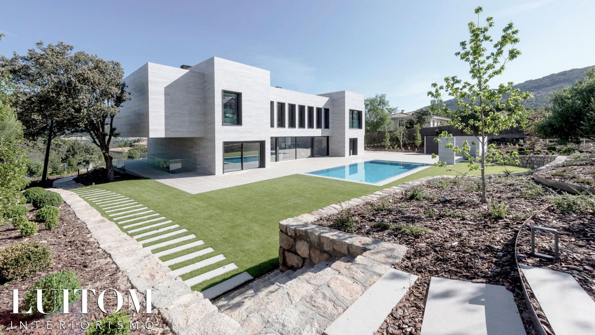 proyecto-arquitectura-construccion-casas-modernas-villas-lujo-madrid-malaga-valencia-arquitectos-luxury-house-spain-architects-020