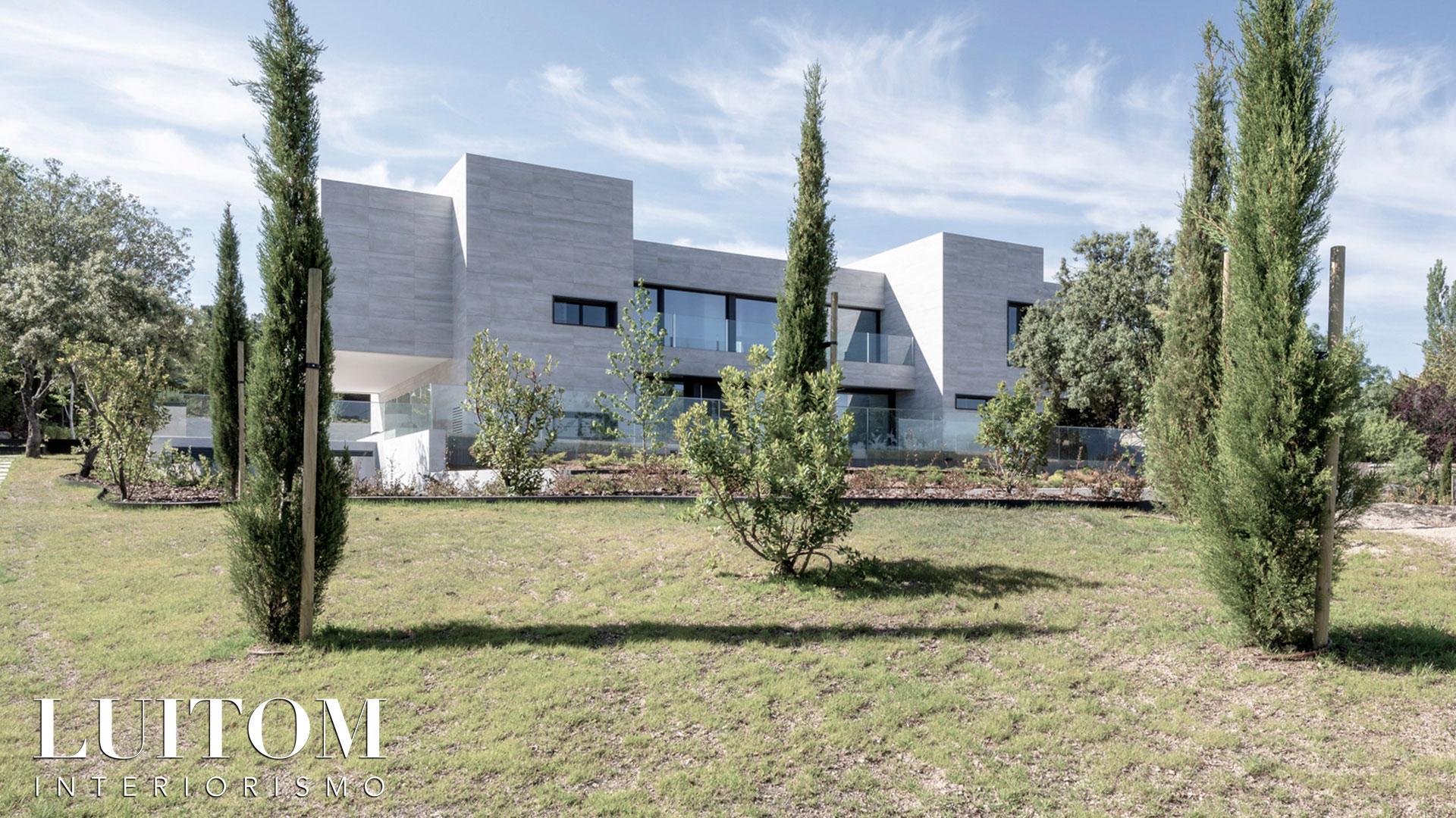 proyecto-arquitectura-construccion-casas-modernas-villas-lujo-madrid-malaga-valencia-arquitectos-luxury-house-spain-architects-021