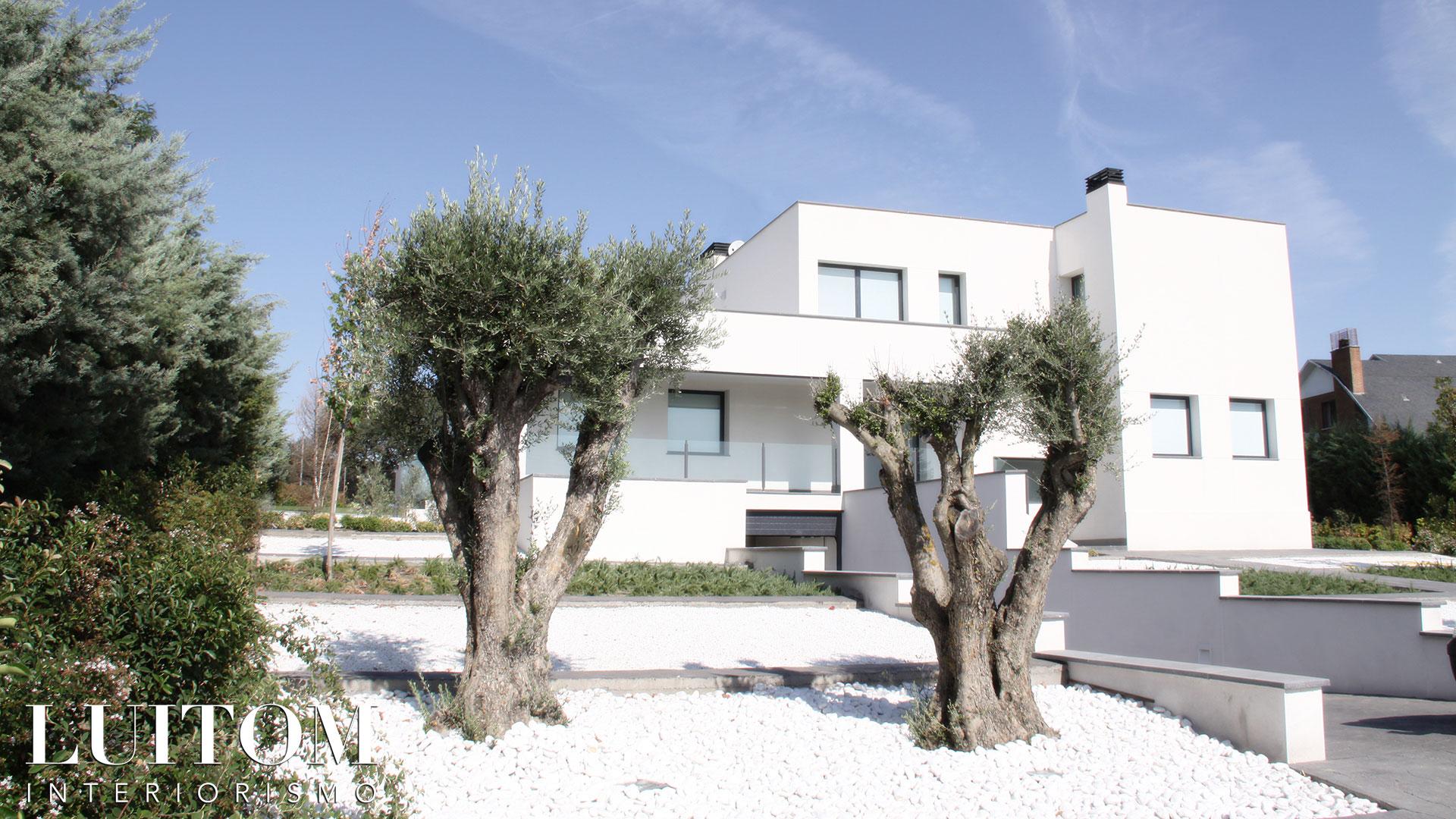proyecto-arquitectura-construccion-casas-modernas-villas-lujo-madrid-malaga-valencia-arquitectos-luxury-house-spain-architects-001