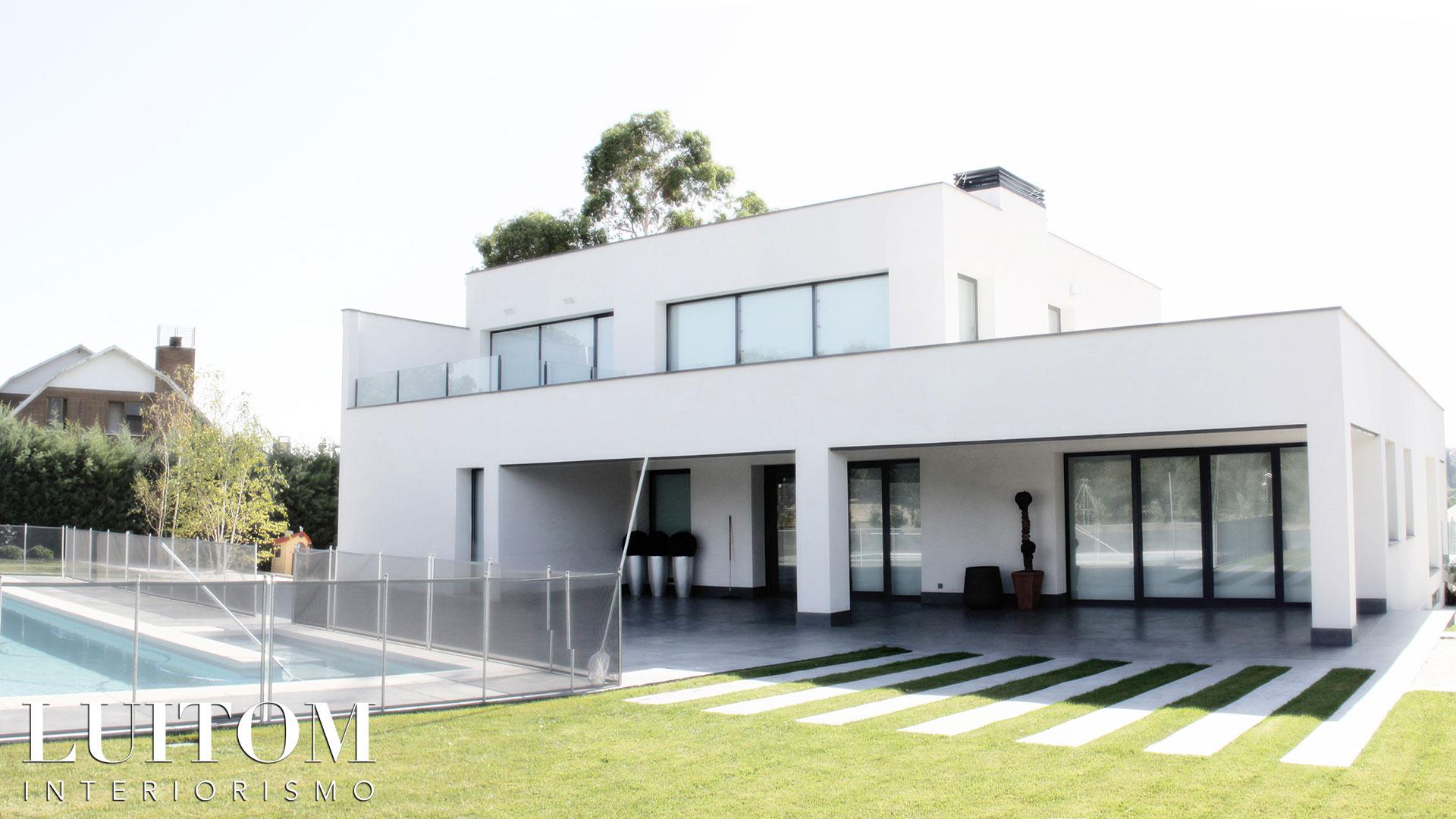 proyecto-arquitectura-construccion-casas-modernas-villas-lujo-madrid-malaga-valencia-arquitectos-luxury-house-spain-architects-003