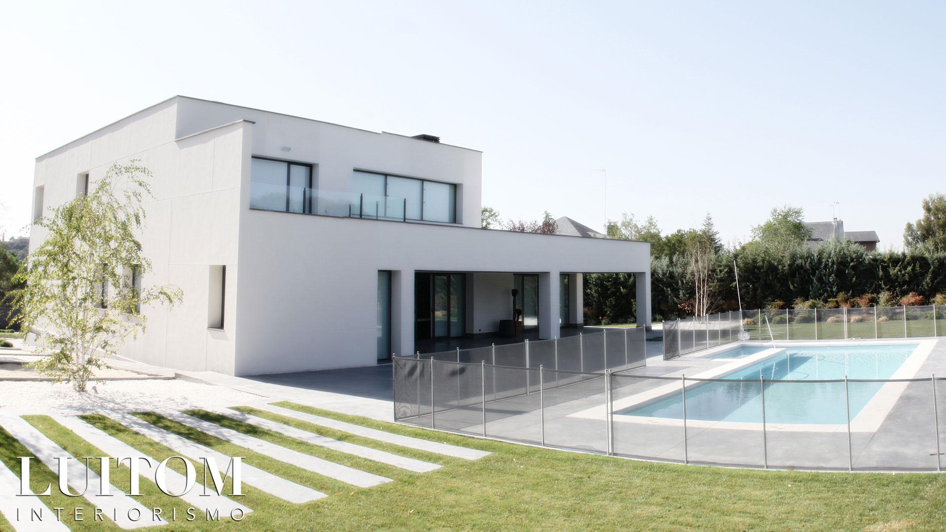 proyecto-arquitectura-construccion-casas-modernas-villas-lujo-madrid-malaga-valencia-arquitectos-luxury-house-spain-architects-004