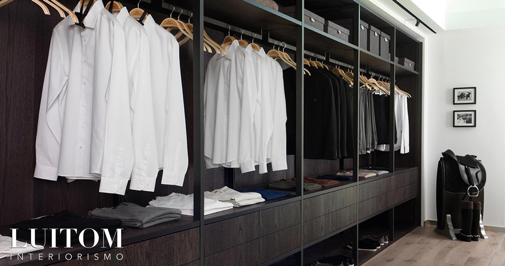 armarios-vestidores-decoracion-organizacion-por-colores-ideas-almacenamiento-ropa-01