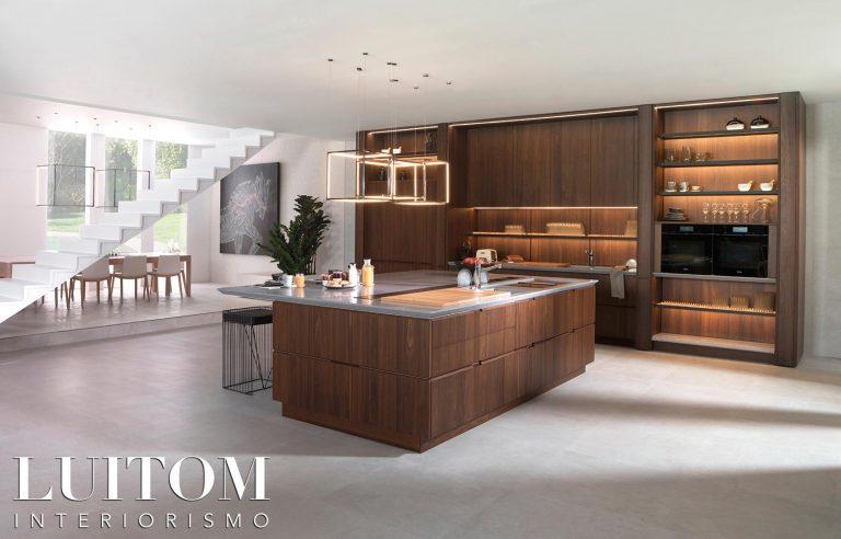 mobiliario-de-cocina-madera-natural-ideas-cocinas-lujo-madera-madrid